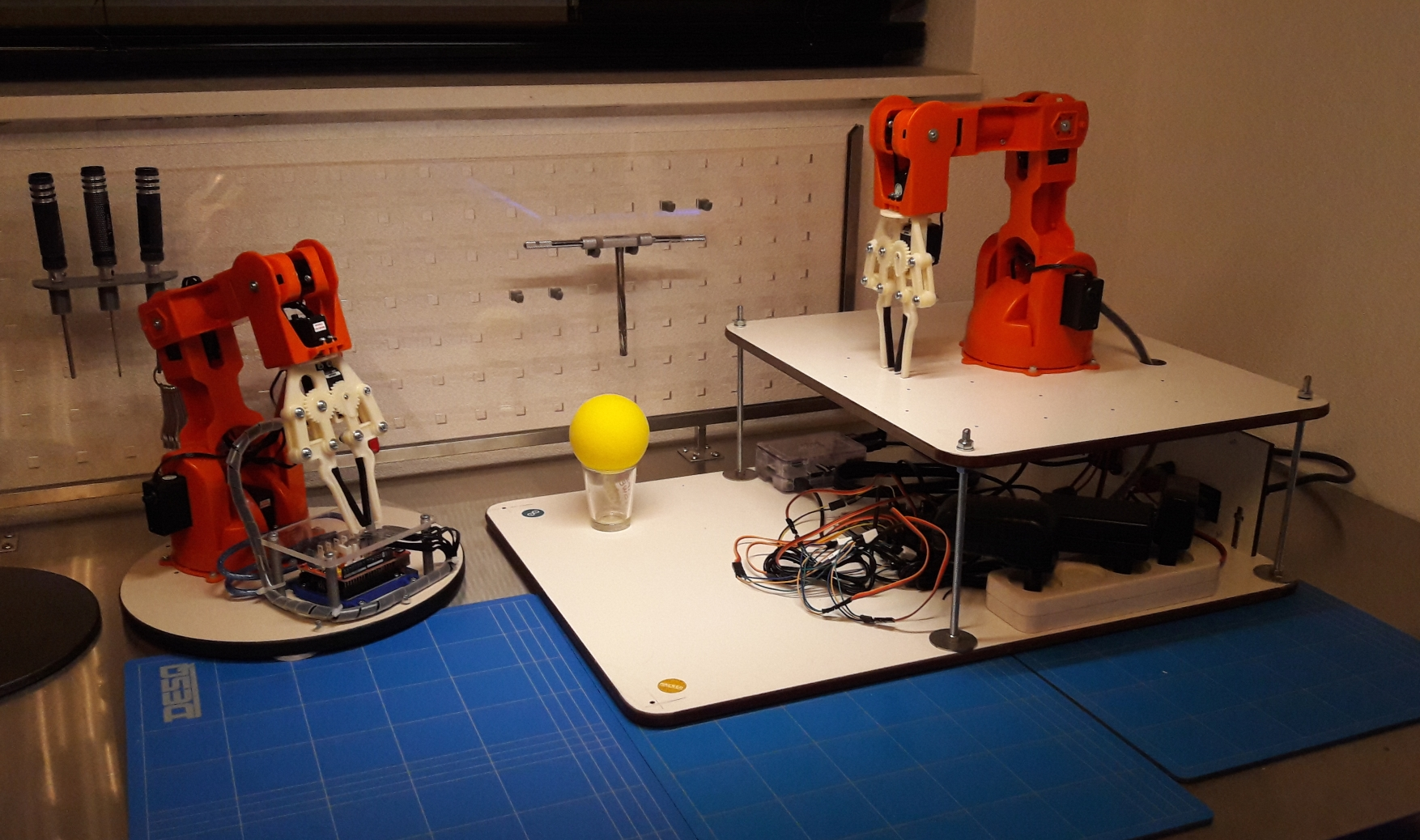 Arduino braccio robot arm raspberry pi controlled with